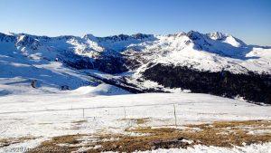 Crête du Port d'Envalira · Pyrénées, Andorre, Canillo, AD · GPS 42°33'4.63'' N 1°43'1.82'' E · Altitude 2561m