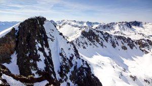 Depuis le sommet de Pic Negre d'Envalira · Pyrénées, Pyrénées Orientales, Puymorens, FR · GPS 42°31'6.39'' N 1°43'20.96'' E · Altitude 2818m