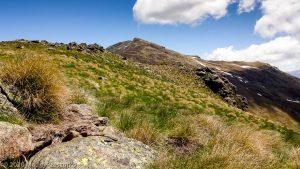 Pic de Girabal · Pyrénées, Pyrénées Ariégoises, Massif de Tabe, FR · GPS 42°49'10.39'' N 1°45'17.50'' E · Altitude 2146m