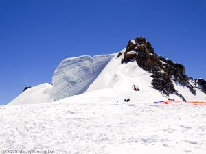 Épaule du Tacul · Alpes, Massif du Mont-Blanc, FR · GPS 45°51'28.48'' N 6°53'11.15'' E · Altitude 4184m