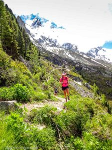 WE Choc Modéré J1 · Alpes, Massif du Mont-Blanc, Vallée de Chamonix, FR · GPS 45°55'23.15'' N 6°54'19.48'' E · Altitude 2059m