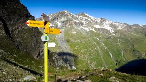 Bishorn 4153m · Alpes, Alpes centrales, Vallée d'Anniviers, CH · GPS 46°7'13.47'' N 7°38'55.52'' E · Altitude 2460m
