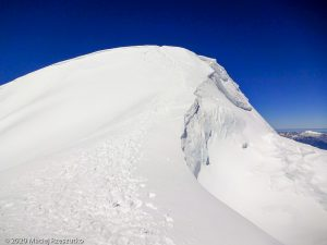 Bishorn 4153m · Alpes, Alpes centrales, Vallée d'Anniviers, CH · GPS 46°7'4.07'' N 7°42'55.92'' E · Altitude 4153m