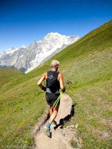 CCC en off · Alpes, Massif du Mont-Blanc, CCC, IT · GPS 45°49'27.31'' N 7°0'58.73'' E · Altitude 2447m