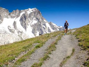 CCC en off · Alpes, Massif du Mont-Blanc, CCC, IT · GPS 45°48'50.62'' N 6°59'1.33'' E · Altitude 2192m