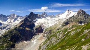 CCC en off · Alpes, Massif du Mont-Blanc, CCC, IT · GPS 45°53'8.14'' N 7°4'31.14'' E · Altitude 2407m