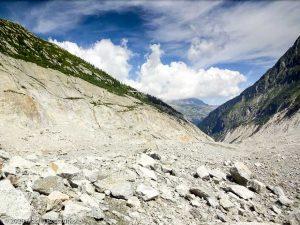 Dans la montée au Refuge du Couvercle · Alpes, Massif du Mont-Blanc, FR · GPS 45°55'23.77'' N 6°55'24.95'' E · Altitude 1756m