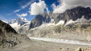 Dans la montée au Refuge du Couvercle · Alpes, Massif du Mont-Blanc, FR · GPS 45°54'11.15'' N 6°57'23.47'' E · Altitude 2142m