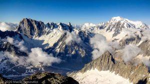 Escalade de l'Aiguille du Jardin · Alpes, Massif du Mont-Blanc, FR · GPS 45°56'0.52'' N 6°58'38.68'' E · Altitude 3918m