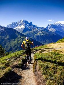 Session privée · Préalpes de Haute-Savoie, Aiguilles Rouges, Vallée de Chamonix, FR · GPS 46°0'55.95'' N 6°56'19.56'' E · Altitude 2084m