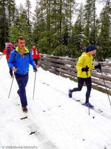 Stage Trail Découverte J2 · Alpes, Massif du Mont-Blanc, Vallée de Chamonix, FR · GPS 45°58'47.46'' N 6°55'57.51'' E · Altitude 1289m