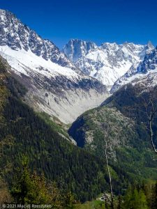 Session privée du trail-running · Alpes, Massif du Mont-Blanc, Vallée de Chamonix, FR · GPS 45°57'55.75'' N 6°53'51.76'' E · Altitude 1659m
