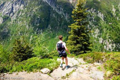 Session privée du trail-running · Alpes, Massif du Mont-Blanc, Vallée de Chamonix, FR · GPS 46°0'22.44'' N 6°55'50.17'' E · Altitude 1853m